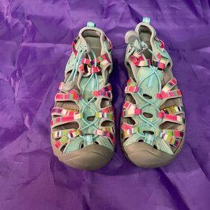 Ladies Gently Used Keen Sandals